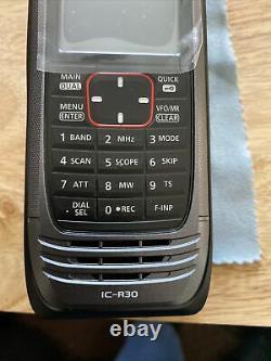 ICOM IC-R30 Wide Band FM/AM/SSB/CW Scanner Handheld Receiver