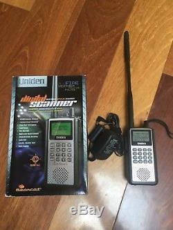 Uniden Bearcat BCD396XT Compact APCO 25 Digital Handheld Scanner