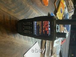 Uniden SDS100 Digital APCO Deluxe Trunking Handheld Scanner with extra battery